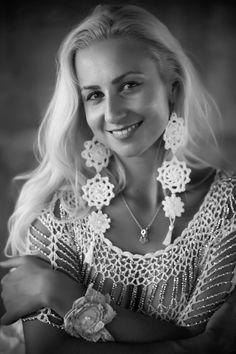 Crocheted earrings Crochet Rose Earrings by RavvinskaCrochets