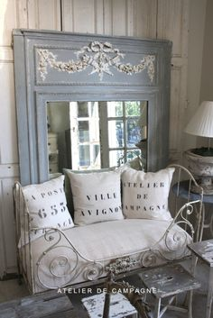 French Chic, shabby chic, daybed, mirror