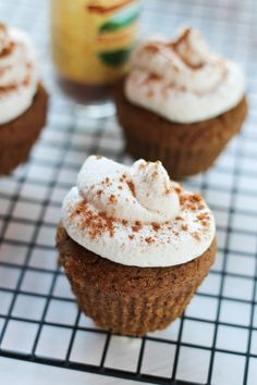 Pumpkin Spice Latte Cupcakes with Whipped Maple Icing | #glutenfree # ...