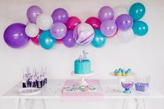 Sweet Deer Hand-painted cakes specialised in bespoke hand-painted cakes. Cupcakes Kids, Cupcake Cookies, Paint Cookies, Hand Painted Cakes, Mermaid Cakes, Deer, Packaging, Party, Parties