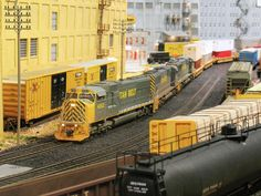 A HO Scale Layout of the Utah Belt @ http://www.hobbylinc.com/model-trains