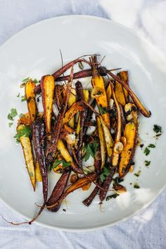 GOLDMINE JOURNAL: Eating In // Roasted Dragon Carrots recipe