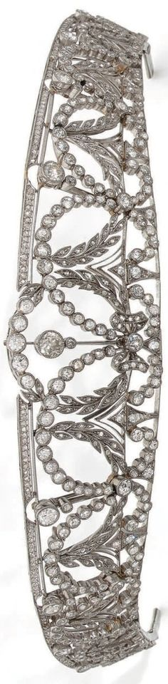 A Belle Epoque platinum and diamond tiara, early 20th century. #BelleÉpoque #tiara
