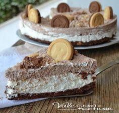 Torta fredda ringo dolce facile e senza cottura Greek Desserts, Italian Desserts, No Bake Desserts, Delicious Desserts, Sweet Recipes, Cake Recipes, Dessert Recipes, Burritos, Cheesecake Cake