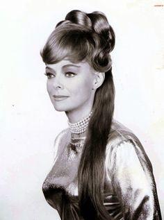 June Lockhart lost in space