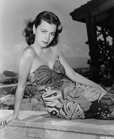 Faith DOMERGUE as Faith DORN (16 Juin 1924 / 4 Avril 1999) (photo N.B. 1950)