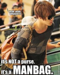 I love JaeJoong and his manbag:)