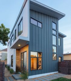 Valley Street House by Baran Studio Architecture