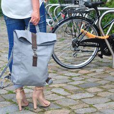 Rucksäcke - grau Canvas / Segeltuch Rucksack mit Leder groß - ein Designerstück von CHANTA-DESIGN bei DaWanda