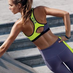 Comfy through cooldown. This max-support sport bra gets you there, every time. | Incredible by Victoria's Secret Front-close Sport Bra