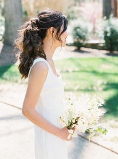 Dogwood Flowers Steal the Show in Timeless, Elegant, Monochromatic Themed Ceremony - Once Wed Simple Wedding Hairstyles, Bride Hairstyles, Romantic Wedding Photos, Elegant Wedding, Dogwood Flowers, Curvy Bride, Minimal Wedding, Once Wed, Black Tie Wedding
