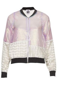 **Miracle Bomber by The Ragged Priest http://www.siempre-lindas.cl/categoria/moda/