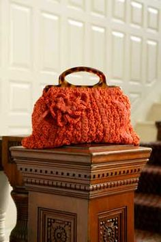 81c5594af7368 amany edward  مجموعه شنط تحفه Orange crochet purse