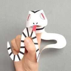Free printable Snake Finger Puppets