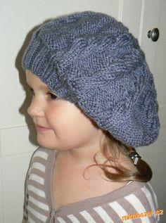 Vkládám na Vaše přání :o) Rozpis je na dospěláckou velikost, obvod hlavy cca 57cm, ale sedí na větší... Knitted Hats, Crochet Hats, Diy And Crafts, Winter Hats, Knitting, Fashion, Berets, Knitting Hats, Moda