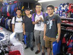 【新宿1号店】2014.09.13 台湾からお越しの学生のお客様です。過去に2回日本に来られたということで日本語も堪能でした。また、日本にお越しの際は遊びに来て下さいね!