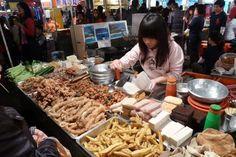 Taiwan night market! #food #Taiwan