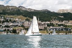 "Sailing In ""Reverse Wind"" - Lake St. Moritz stands for perfect sailing conditions even in the height of summer. That's mostly thanks to the legendary Maloja wind. Zermatt, Palace Hotel, Alps, San Francisco Skyline, In The Heights, Paris Skyline, Sailing, Europe, Summer"