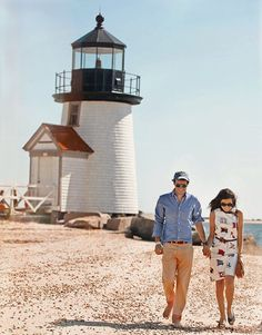 lighthouse love. I like this idea for in front of the lighthouse. :) Bristol Beach, Ralph Lauren Glasses, Beautiful Sites, Beautiful Things, Small Town America, Cape Cod, Small Towns, New England, Places To See