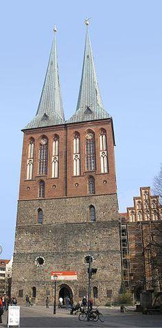Nikolaikirche - erbaut 1220-1230, ist sie die älteste Kirche Berlins.
