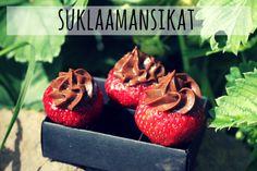 karkkipäivä_ suklaalla täytetyt mansikat
