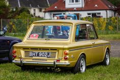19 Trendy Cars Classic Pictures - My old classic car collection Classic Cars British, Old Classic Cars, Retro Cars, Vintage Cars, Classic Motors, Ford, Cute Cars, Commercial Vehicle, Old Cars