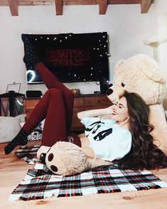 WISH MY LOVE WOULD BE HERE ❤️chilling with limo 🐻 and watching 🤙🏻 ➡️What series are you watching?❄️❤️ 💟 I already watched my fav series- the vampire diaries, pretty litttle liars and riverdale 😍✨ ————————————————— Huge Teddy Bears, Big Teddy, Giant Teddy, Teddy Girl, Stylish Girl Pic, Cute Girl Photo, New Outfits, Trendy Outfits, Cool Dpz