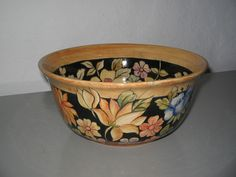 Saladeira - vendido Pottery Classes, Clay Pots, Dresden, Pottery Art, Serving Bowls, Ceramics, Tableware, Painting, Calla Lilies