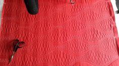 Variace na vlnky v červené. 😚 Quilting, Skirts, Fashion, Moda, Fashion Styles, Skirt, Fat Quarters, Jelly Rolls