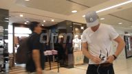 EXCLUSIVE VIDEO Richie Strahan spotted at Sydney Airport