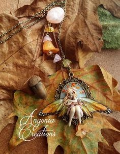 long necklace, copper-colored, with lucite flowers and stones, entirely handmade with polymer clay, no painting, hope you like it
