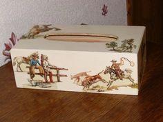 boîte a mouchoirs cowboy décorée en serviettage : Accessoires de maison par idees-cadeaux-d-ameline