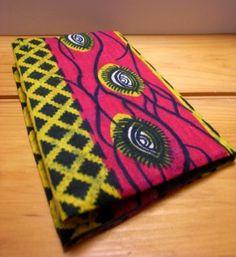 アフリカのパーニュを使用しております。 鮮やかなピンクに黄色でかわいい配色ですが、 インパクトのある目玉!モチーフです。 人と違うものがお好きなあなたに。 や...|ハンドメイド、手作り、手仕事品の通販・販売・購入ならCreema。