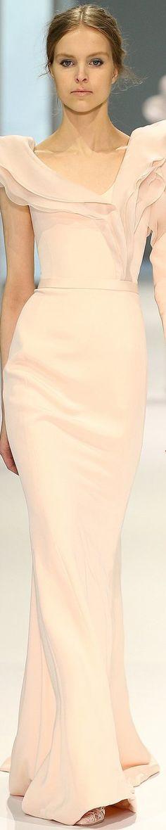 Pin for Later: Die schönsten Couture Brautkleider
