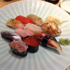 Chef's Omakase Sushi Plate (10 pieces of chef's choice nigiri sushi with asari miso soup and ice cream) - at I Love Sushi on Lake Bellevue