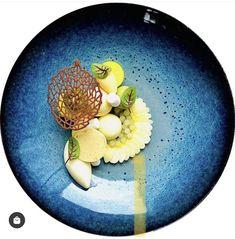 #plates #michelinstarfood Lucky Food, Michelin Star Food, Acai Bowl, Plates, Breakfast, Tableware, Acai Berry Bowl, Licence Plates, Morning Coffee