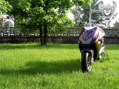 aerox Scooters, Golf Bags, Yamaha, Sports, Hs Sports, Motor Scooters, Sport, Vespas, Mopeds