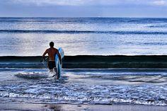 Totam Surf Surf Wear, Surfing, African, How To Wear, Surf Clothes, Surf, Surfs Up, Surfs