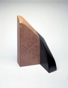 """Isamu Noguchi, """"The Angle"""" (1969)"""