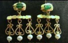 2e9c647795e82a ACTA - La Boutique Historique boucles d oreilles antiques