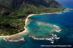 Arguably one of the most beautiful, tropical island/beach. This my favorite snorkeling beach in Kauai and there are some awesome hikes nearby.