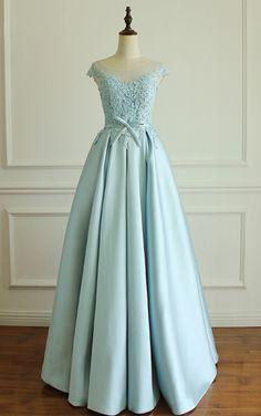 6e2b7f33e5cdb Luxury Cap Sleeve Long Evening Dresses Scoop Neck Appliques Formal Dress  For Party Vestido De Festa Plus Size