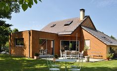 Build your own wooden extension - Self-construction of a wood extension - Architecture Details, Modern Architecture, Room Additions, Steel Furniture, Extensions, Brick, Garage, Building, Gardens