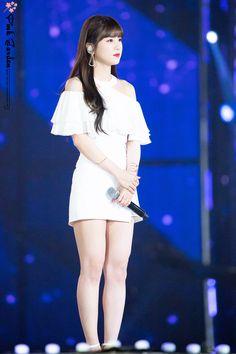 Eunji Apink, Pink Panda, Hot Pants, Trending Memes, Girl Group, Rapper, Ballet Skirt, Kpop, Sexy