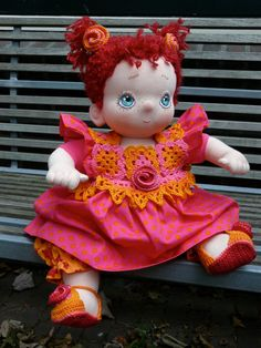 Nienke, a soft cloth baby doll to play and cuddle with by PopVanStof, Verkocht/Sold