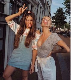 bff goals, retro outfits, grunge outfits, your best friend, best Best Friend Pictures, Bff Pictures, Friend Photos, Cute Photos, Bff Pics, Best Friend Fotos, Summer Outfits, Cute Outfits, Casual Outfits