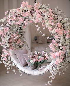 Wedding Backdrop Design, Cute Furniture, Luxury Tree Houses, Baby Shower Balloons, Wedding Stage, Diy Party Decorations, Modern Flower Arrangements, Event Decor, Rustic Decor