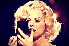 How very Marilyn! #Smash
