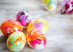 Colorize Your World: 20 Super Cool Nail Polish DIY Projects !