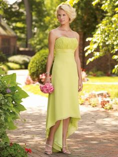 Chiffon Softly Curved Neckline Finely Ruched Bodice A-line Bridesmaids Dress